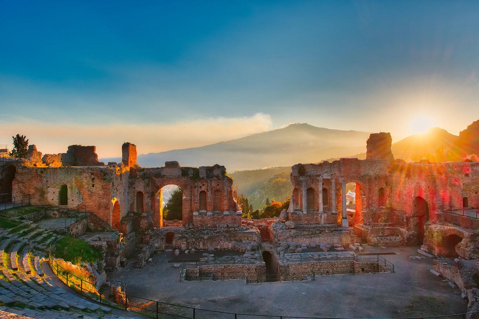 """A Taormina nasce il """"Manifesto dei Patti per la lettura"""""""