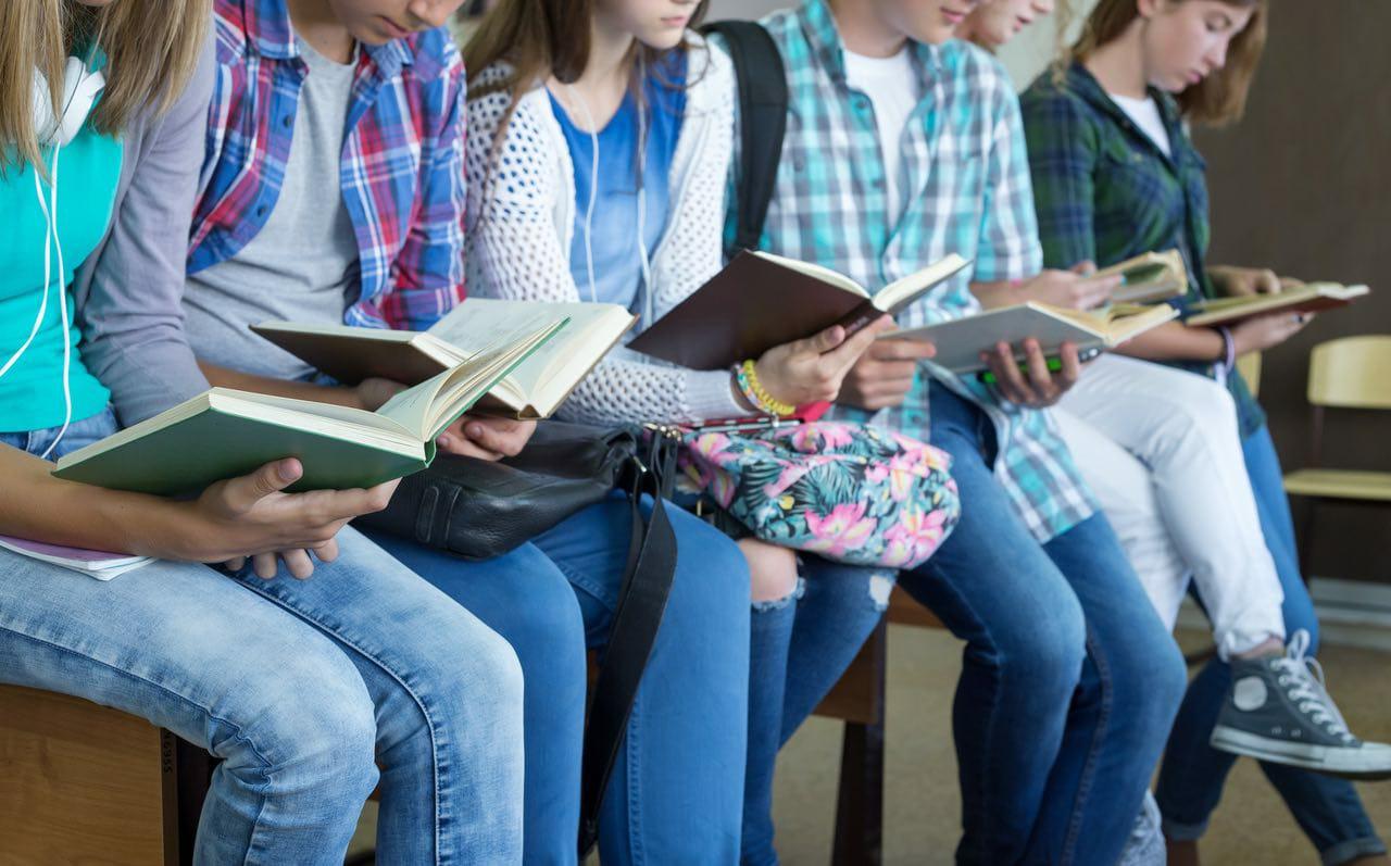 """È online il nuovo bando """"Educare alla lettura"""": scadenza il 24 luglio"""